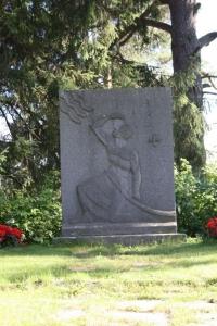2011 633